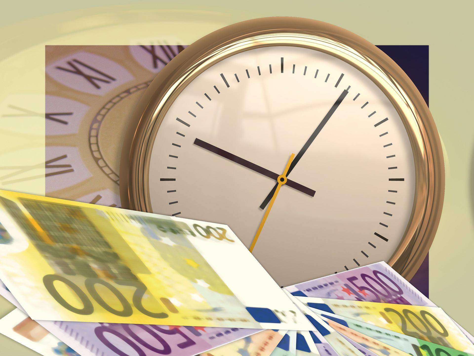 Налоговая «заморозила» счета: можно ли взыскать ущерб?