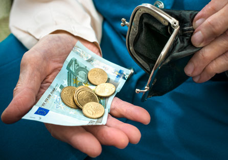 несвоевременная выплата выходного пособия
