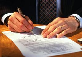 Срочный трудовой договор: с кем и когда он заключается?